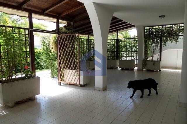 Appartamento accogliente e confortevole con giardino, taverna e garage.