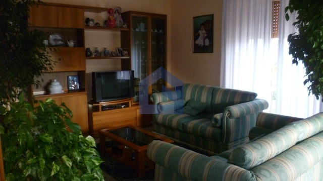 In Lanciano, wide apartment, two garages
