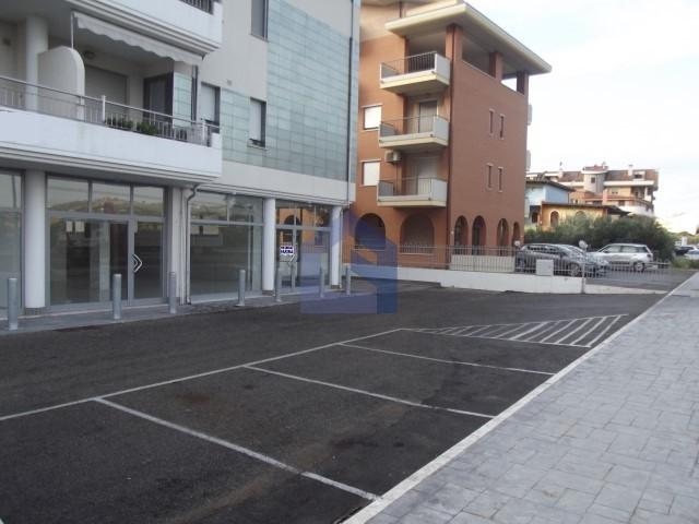San Salvo – Affittasi locale commerciale