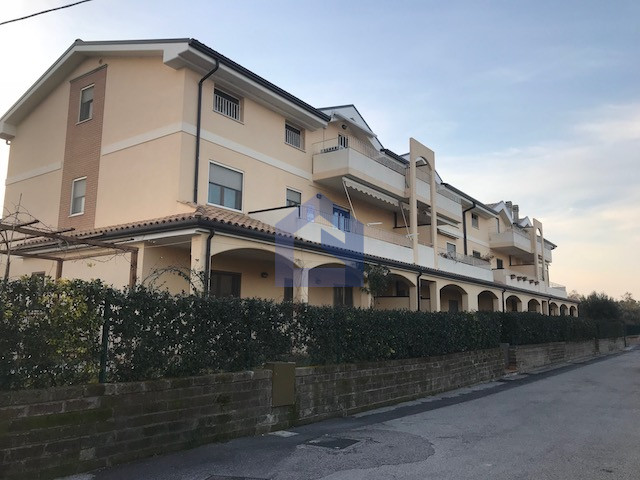 Mozzagrogna: Grazioso e ben rifinito appartamento