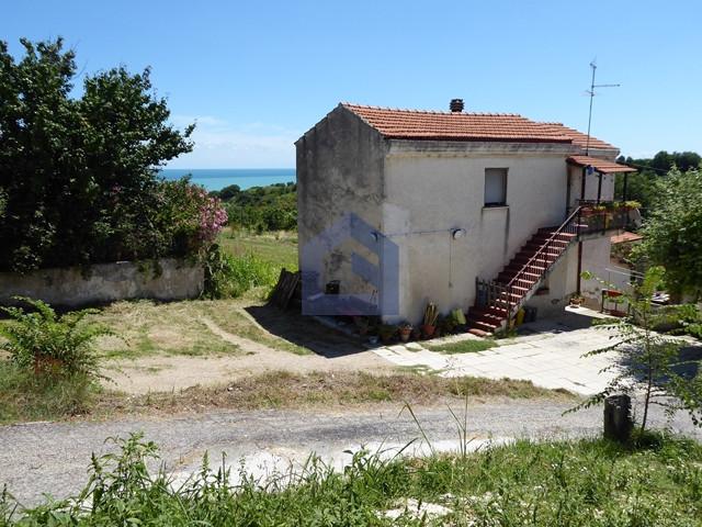 Ortona: appartamento in casa singola vicino al mare