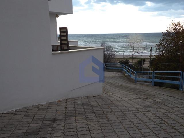 (Italiano) Fossacesia marina: appartamento con posto auto di proprietà