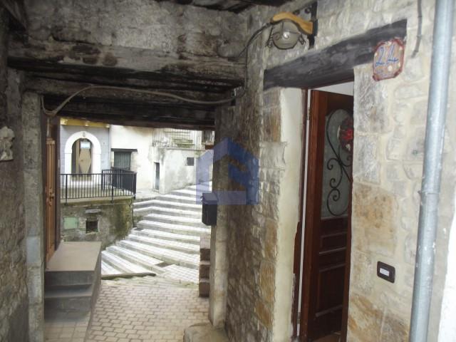 Bomba: casa ristrutturata in ottime condizioni