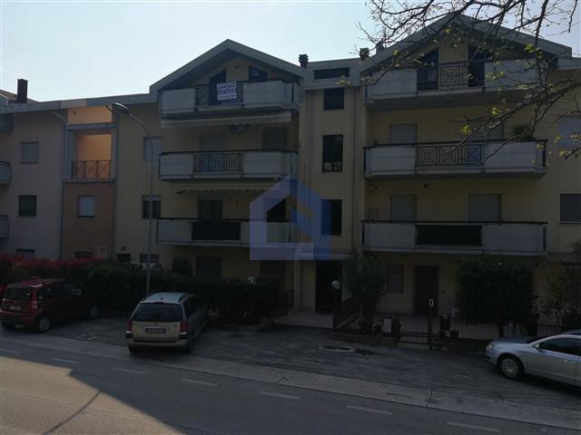(Italiano) San Vito Chietino: Appartamento a 500 metri dal mare