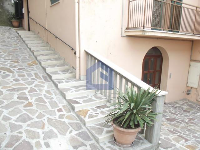 (Italiano) Atessa:appartamento in centro