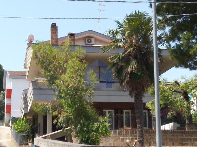 (Italiano) Francavilla al Mare: appartamento in residence familiare