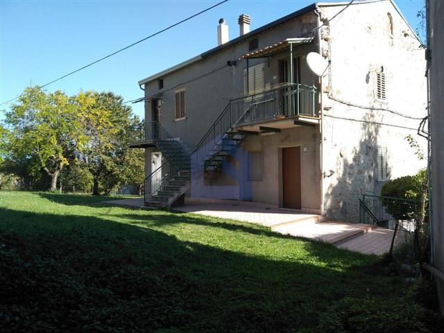 Tornareccio:  Stone house to rediscover