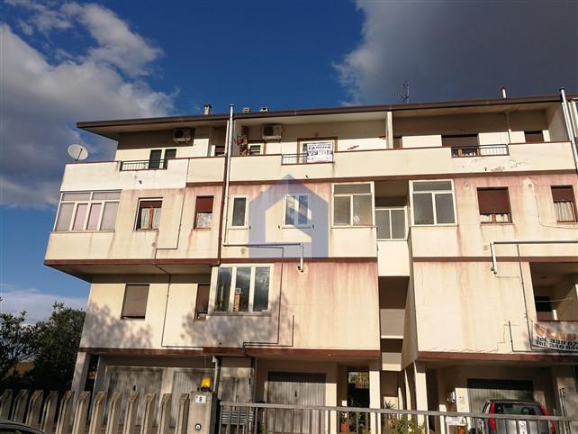(Italiano) Atessa (Colle delle Pietre) Appartamento duplex