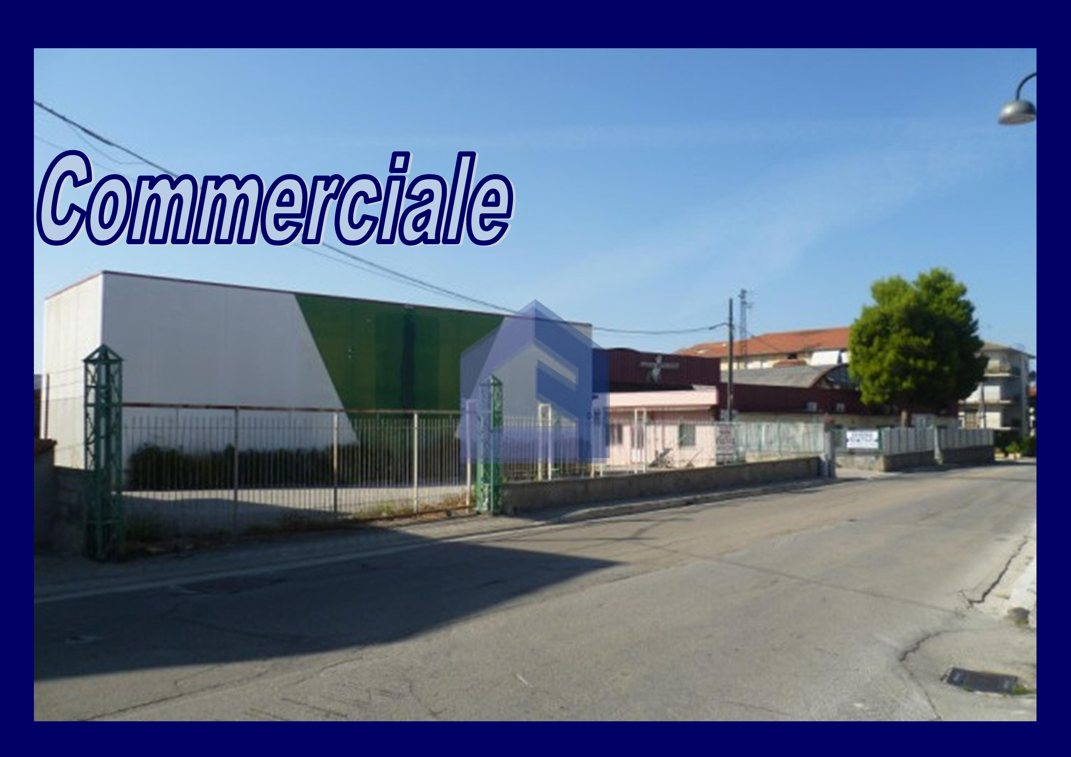 (Italiano) San Vito: Complesso artigianale industriale