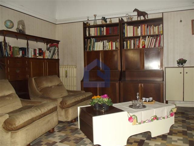 (Italiano) Paglieta: occasione nel borgo storico