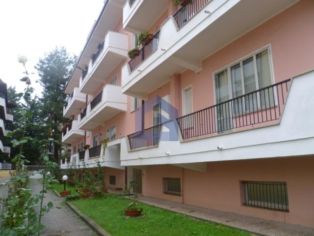 (Italiano) Lanciano: Appartamento doppio con garage