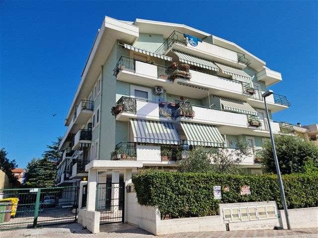 (Italiano) Fossacesia: Appartamento vista Mare