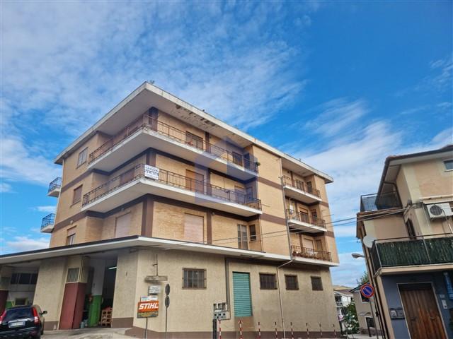 (Italiano) Altino: Appartamento vista Majella